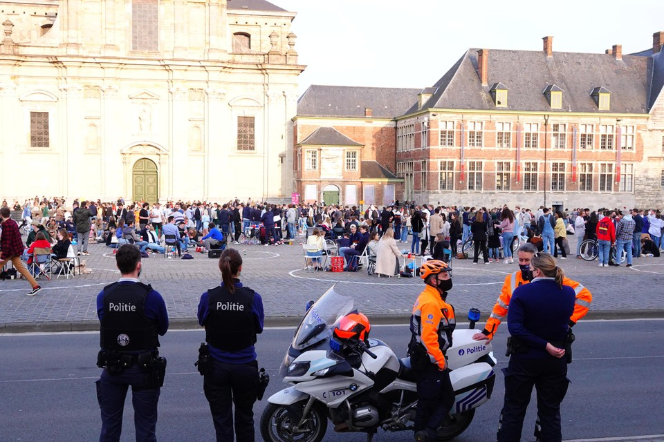 The police were monitoring the situation.  Later, the square became more crowded.