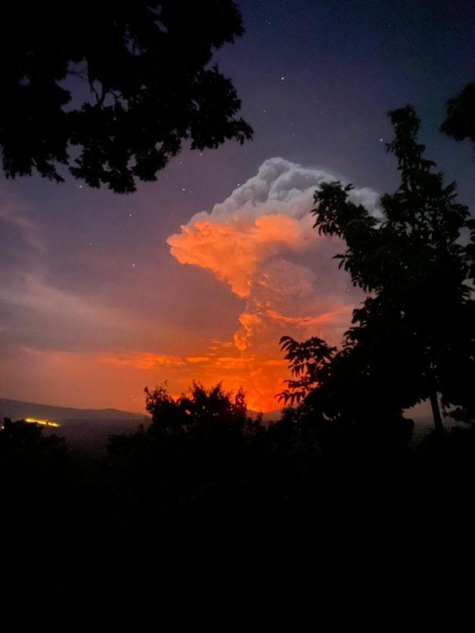 Anthony Caery documented the eruption of Nyiragongo volcano.