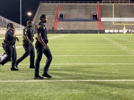 Shooting during an American football match in Alabama:...